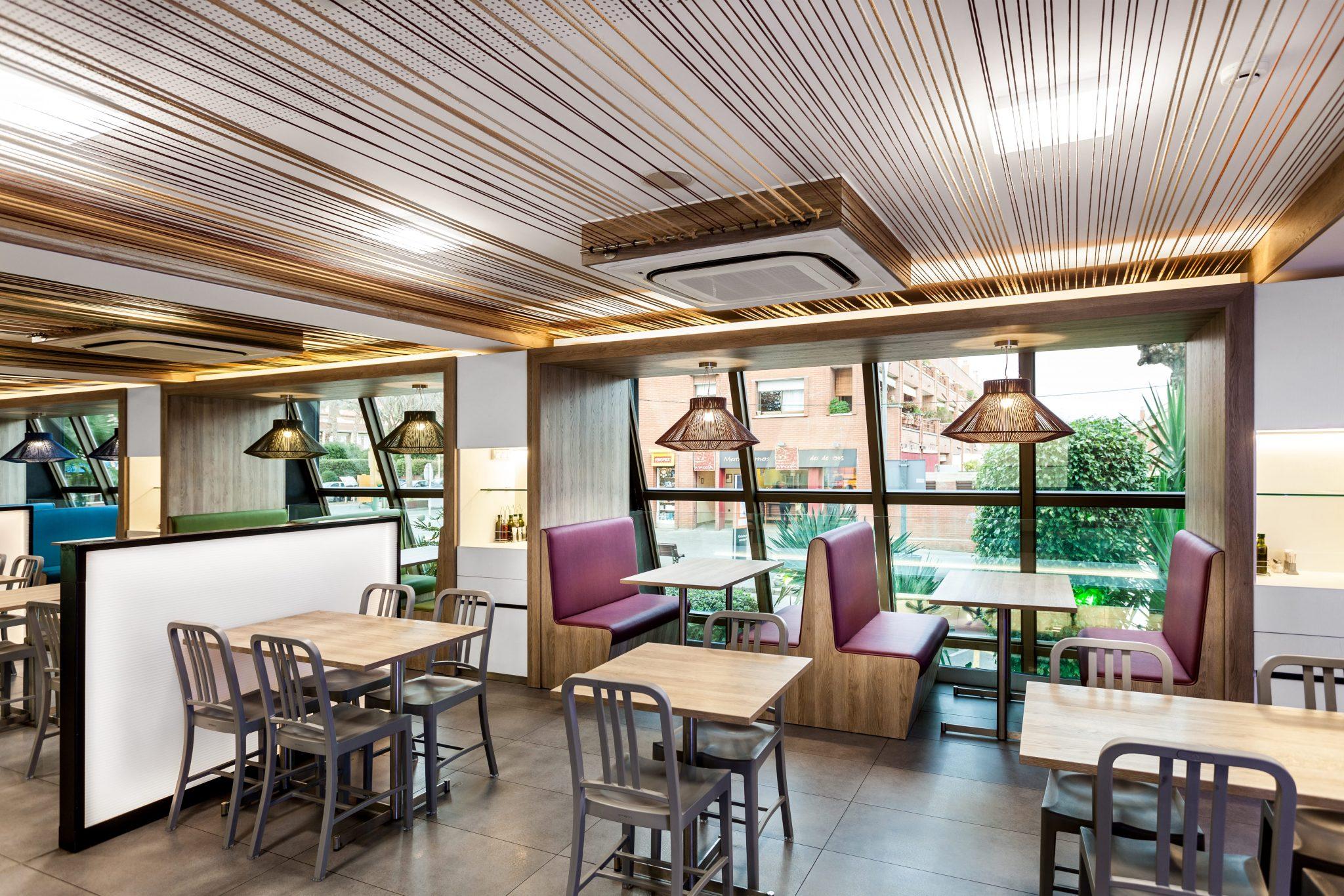 Diseño Interior del Restaurante Pizzeria Atlantida Vilassar de Mar, Barcelona - Rosa Colet