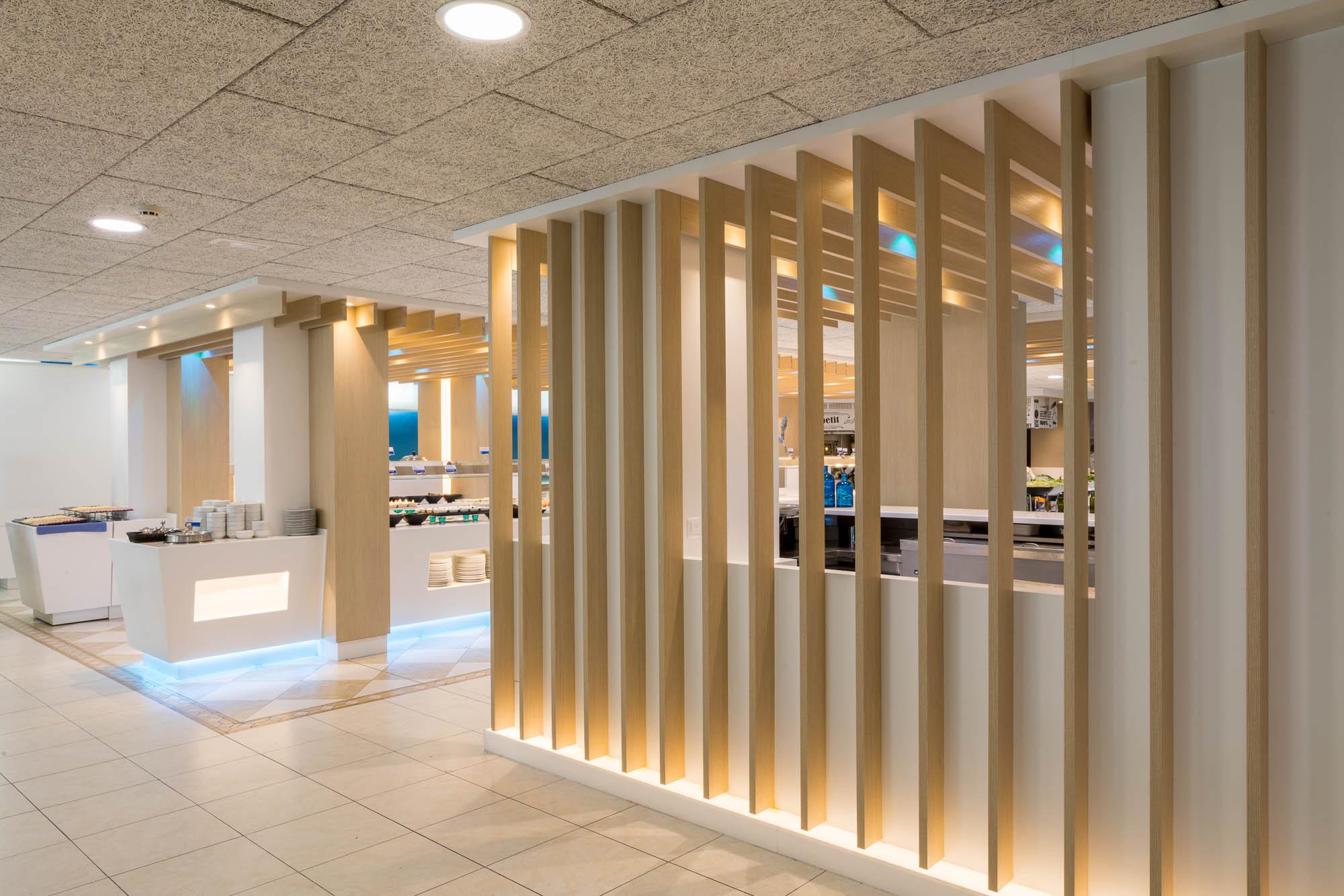 Buffet KREON Hotel Odissea Park por Rosa Colet Interior Design