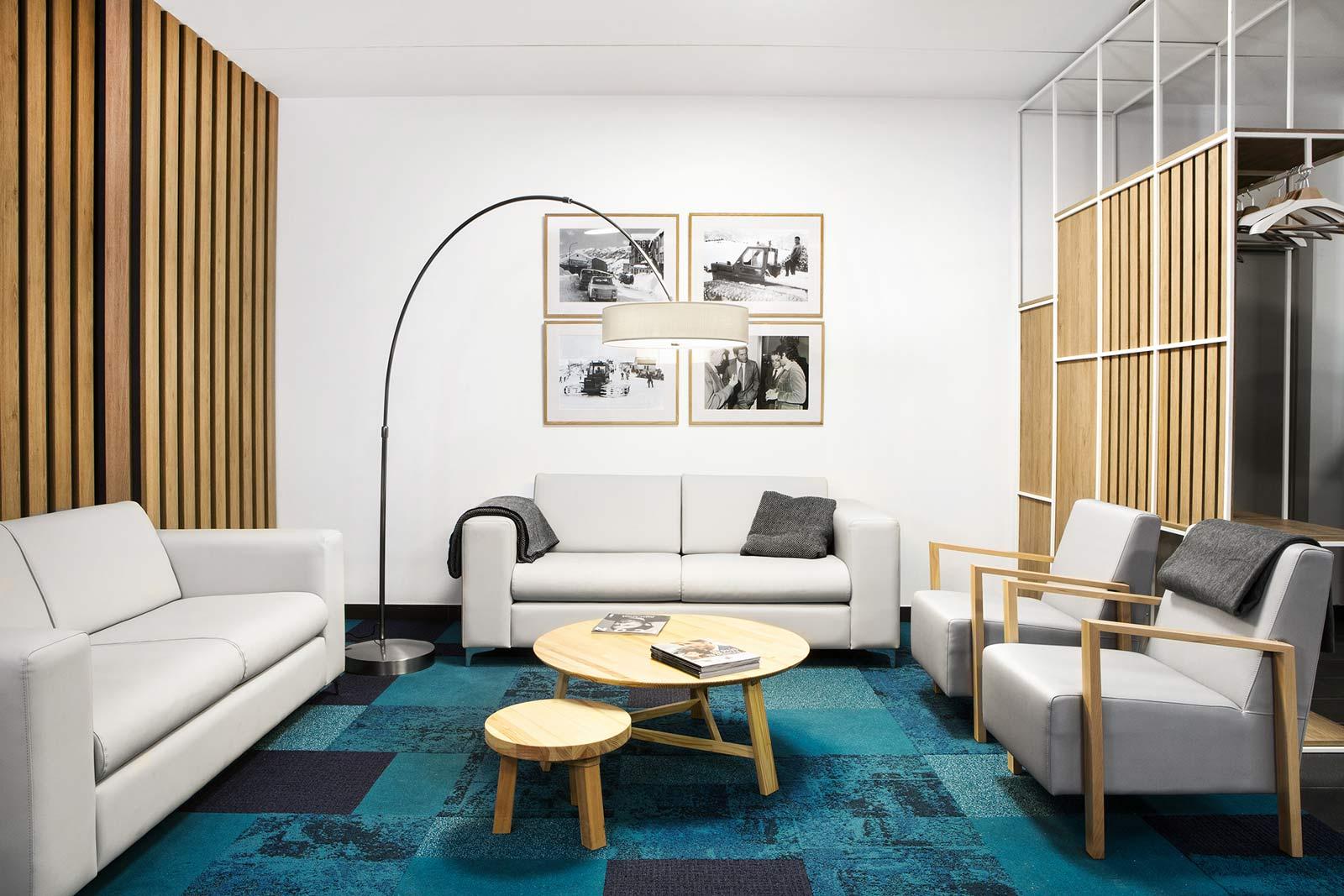 Frontal de Sala Vip Lounge Telecabina El Tarter, Grandvalira - Rosa Colet