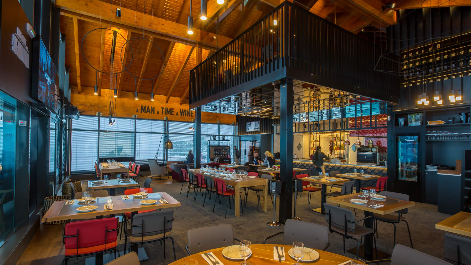 Perspectiva Restaurant Jean Leon Meat and Wine Bar Grandvalira, Andorra - Rosa Colet Design