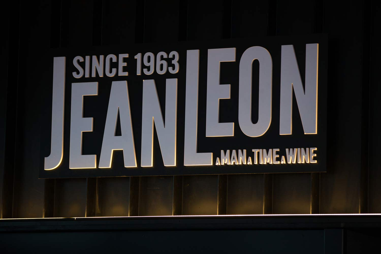 Logotipo Restaurant Jean Leon Meat and Wine Bar Grandvalira, Andorra - Rosa Colet Design