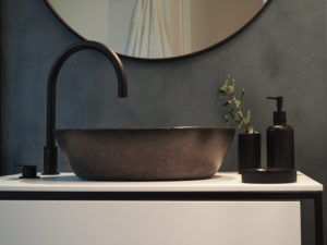 Baño reforma integral casa Llafranc por Rosa Colet Interior Design - Foto Marina García @23mmarina