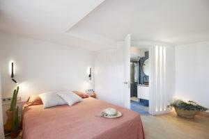 Baño reforma integral casa Llafranc por Rosa Colet Interior Design - Foto Starpestudi