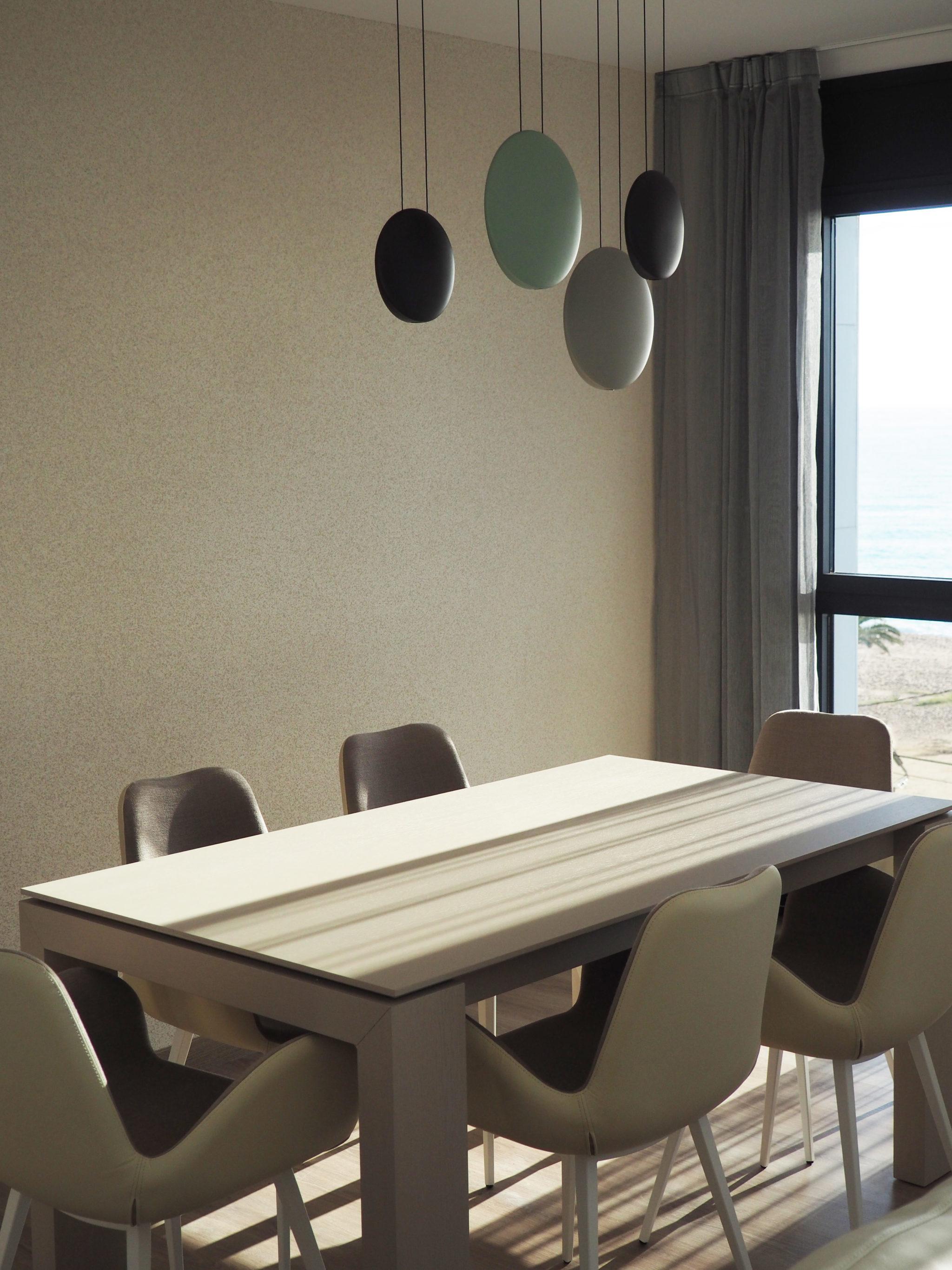 Ático en el Maresme por Rosa Colet Interior Design