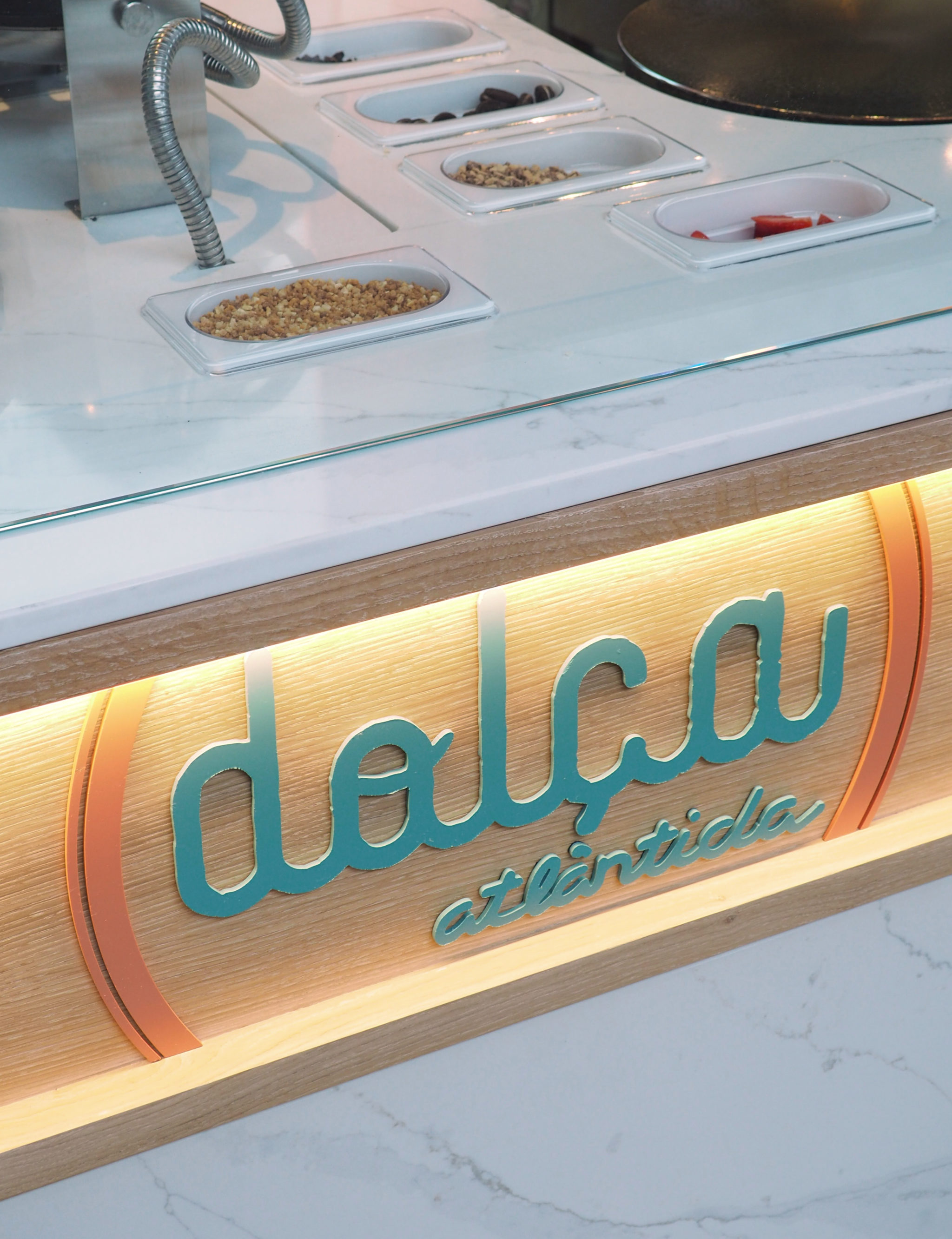 Restaurante Atlàntida Corner Dulce Rosa Colet